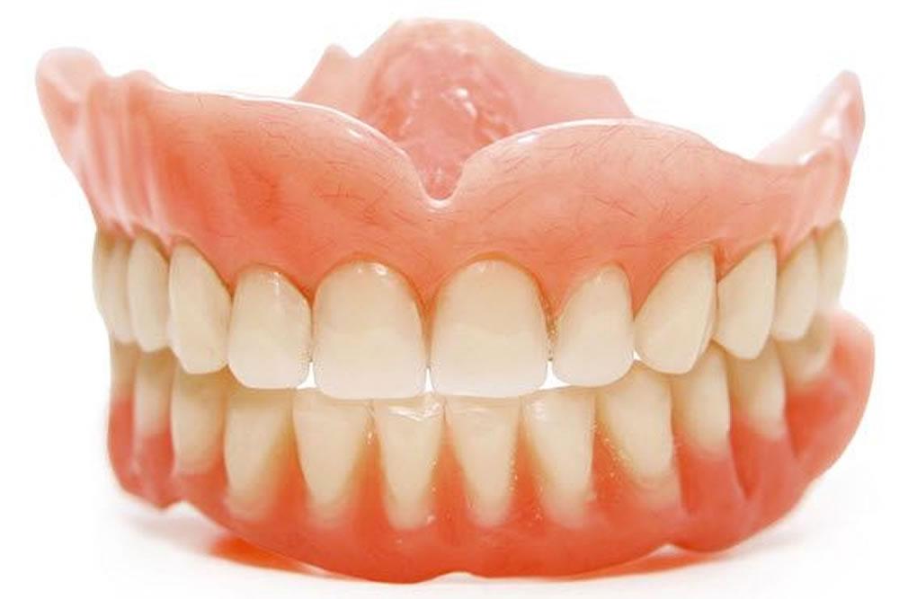 入れ歯の作製・調整